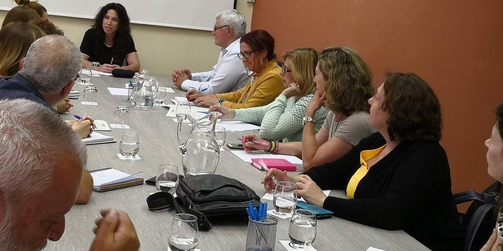 CERMI Andalucía se reúne con la consejera de igualdad, Políticas Sociales y Conciliación para abordar las prioridades de las personas con discapacidad y sus familias